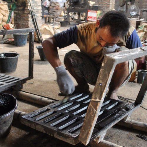 produsen grill saluran air jalan